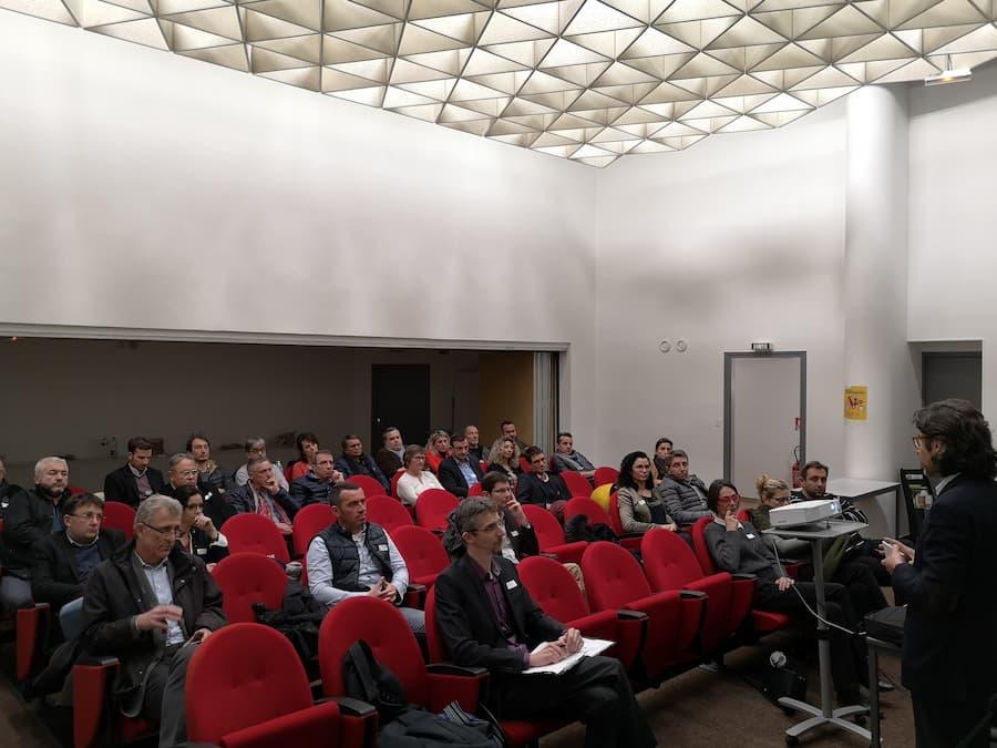 Conférence sur la diversité en entreprise : entre générations et cultures